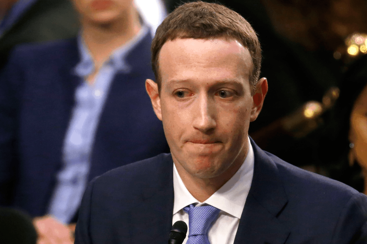 Facebook vazou informações de usuários para mais de 60 empresas